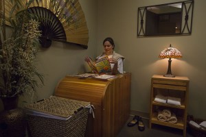 picture of woman using infrared sauna